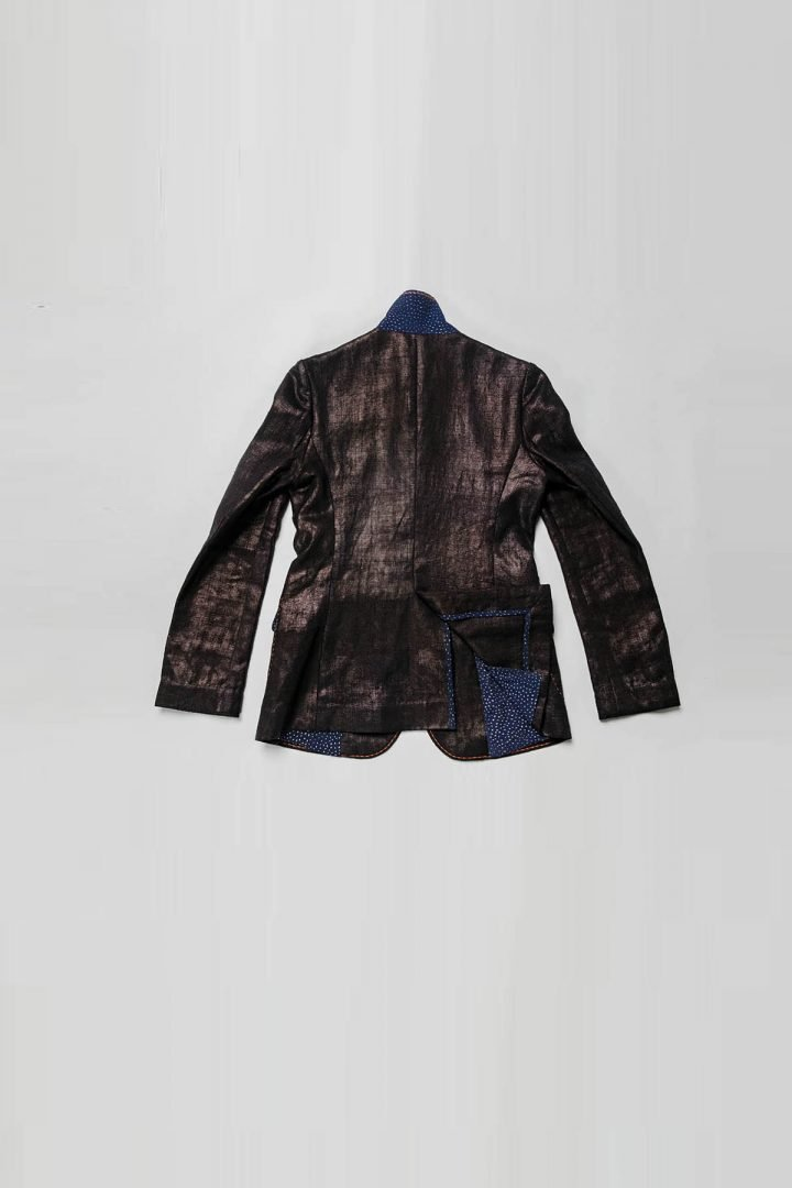 This is a Calendering Hemp Blazer by Kilomet 109 - Phieu Collection 2017