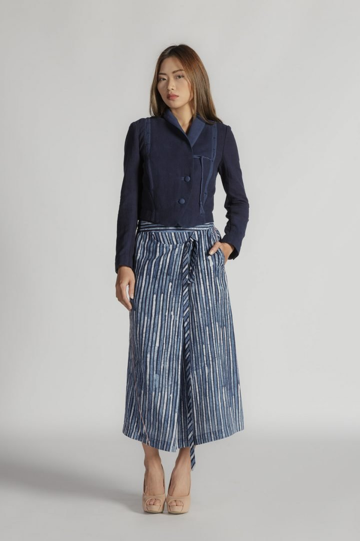 This is a Fold Midi Skirt by Kilomet 109 - Phieu Collection 2017